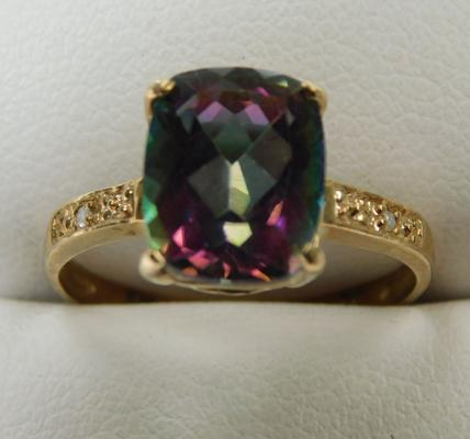 9ct gold diamond and mystic topaz ring, size M