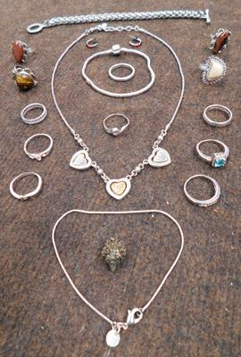 Selection of white metal jewellery, incl. 925 silver