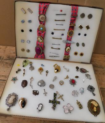 Large selection of tie pins, scarf pins, brooches & cufflinks