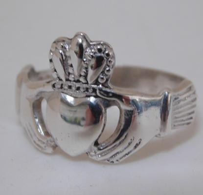 925 heavy silver Claddagh ring, size T 1/2