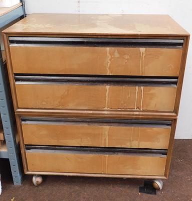 Mid century set of 4 drawers on casters for restoration