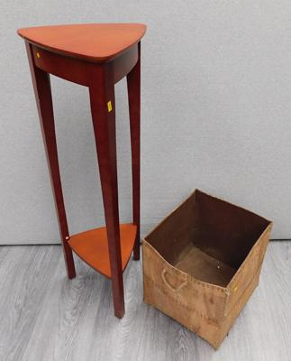 Plant/lamp stand & storage cube