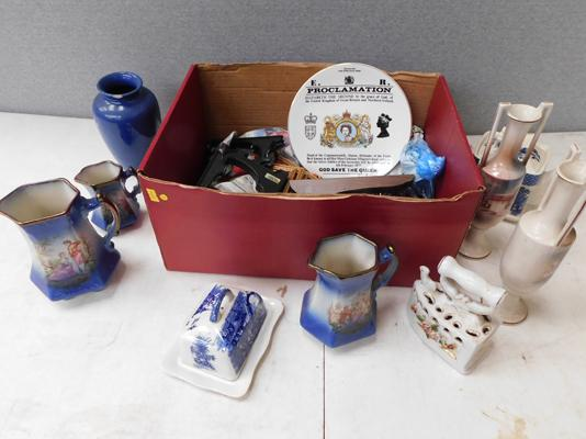 Box of assorted porcelain
