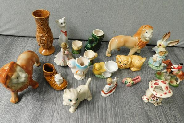 Box of vintage ceramic egg cups + figure
