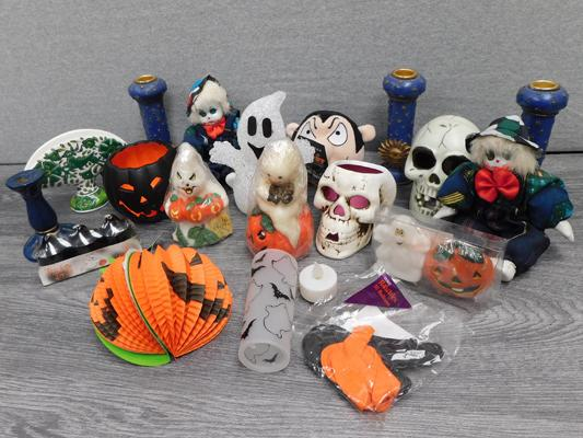 Box of Halloween items - some new
