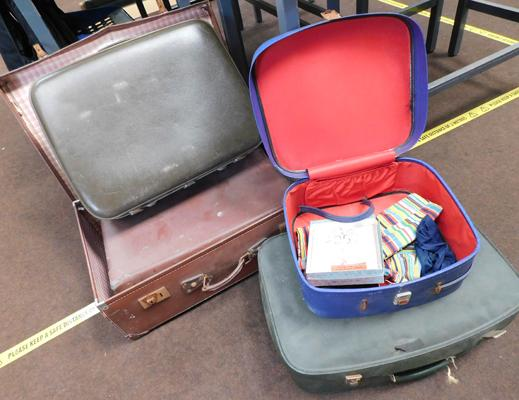 Assortment of 5 vintage suitcases
