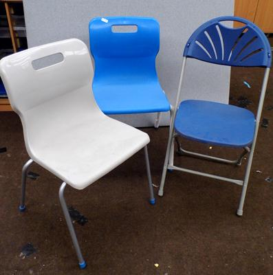 3 x plastic chairs