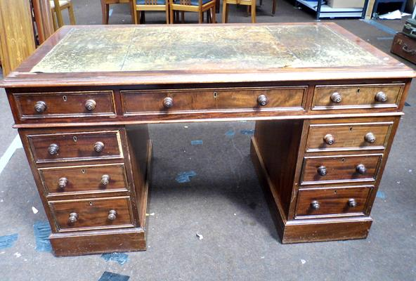 9 drawer pedestal desk, some wear to leather insert