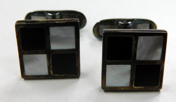 Boxed sterling silver Mother Of Pearl onyx inlaid cufflinks