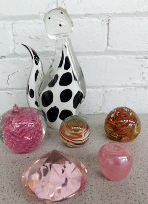 Collection of heavy weight glass & paperweights - small apple stem missing