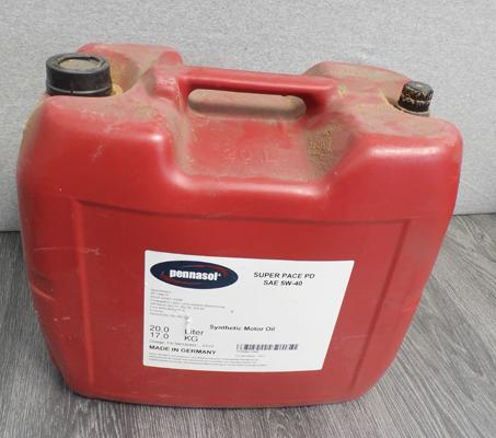 Large 20 litre container of 5W-40 synthetics motor oil
