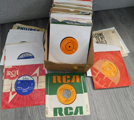 Records, 1960s x approx. 70