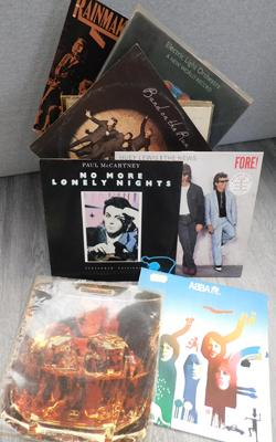 Box of mixed LPs, incl. ELO, Wings & Pretenders