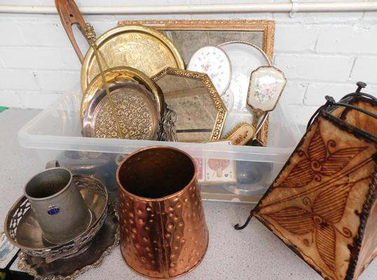 Mixed box of collectables, incl. mirrors, vintage vanity set & brass