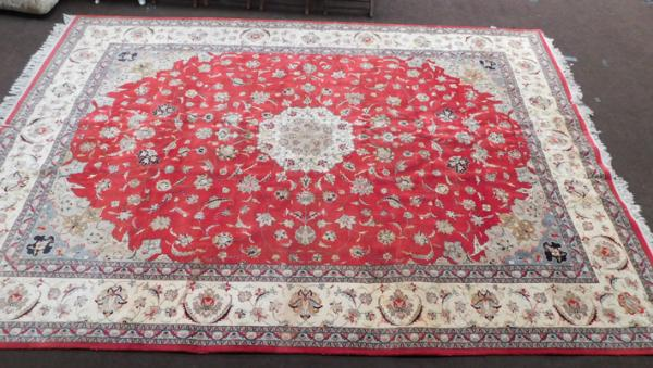 Large woven rug/ floor covering - approx. 108 x 164""
