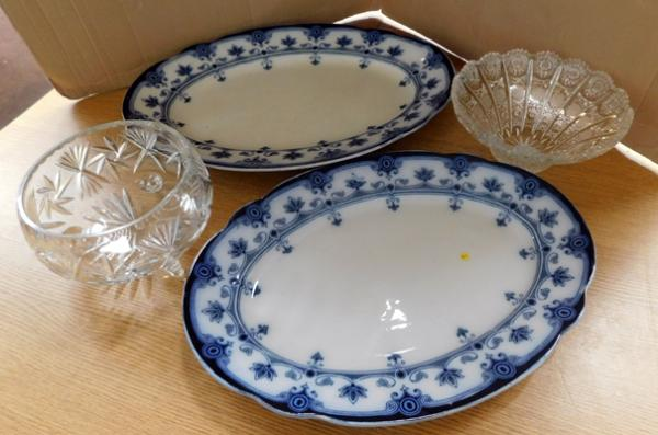 Two large meat chargers, blue & white (largest 19 inches) + two crystal cut bowls