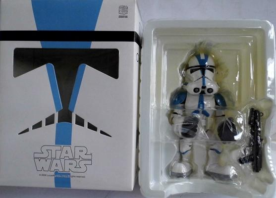 San Diego comic - con 06 exclusive 501st Legion Trooper. Mint in near mint box, never displayed