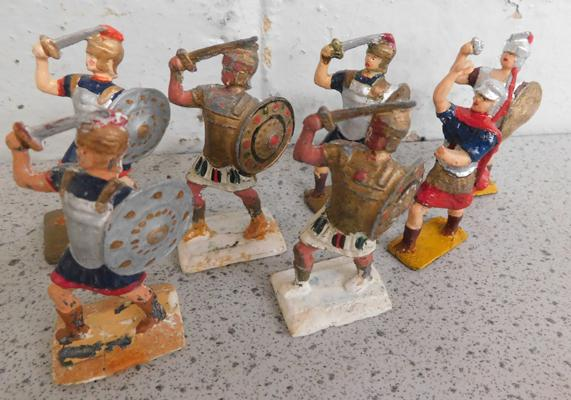 Collection of steadfast hand painted metal soldiers, 1/22 scale Ancient Roman gladiators set 5.4cm