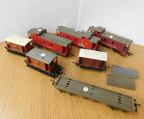 Selection of vintage Tri-Ang wagons, incl. 3 x Caboose
