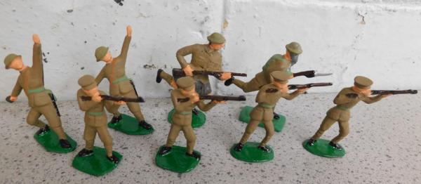 Collection of steadfast hand painted metal soldiers British Infantry, WWI (action) set 5.4cm