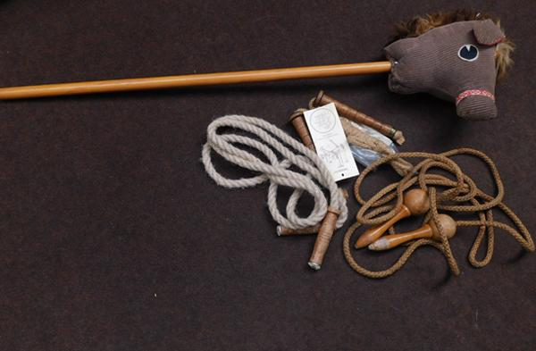 Vintage hobby horse & skipping ropes