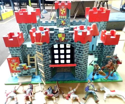 Large hand built medieval fort with working drawbridge, towers, knights,horses & accessories 22x24""