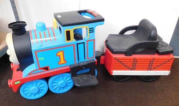 "Large Thomas the Tank ride on train & trailer with engine sound buttons 40x13""in total"