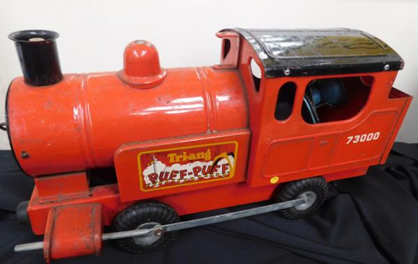 Vintage red 1950s Tri-ang puff puff train-original paint