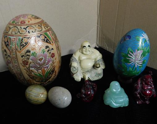 Selection of oriental eggs + 4 Buddhas