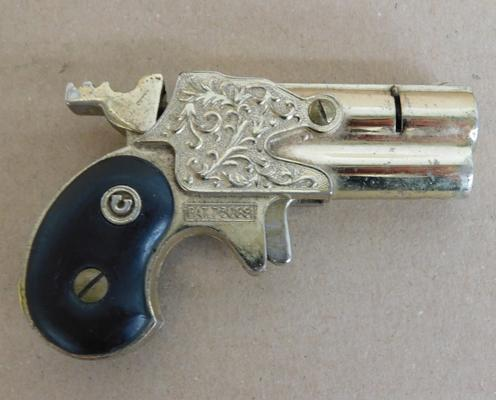 Vintage Nesor Piezo electrical gas lighter, in the style of modern angle musket pistol, no. 730891, approx. 3 1/2 inches