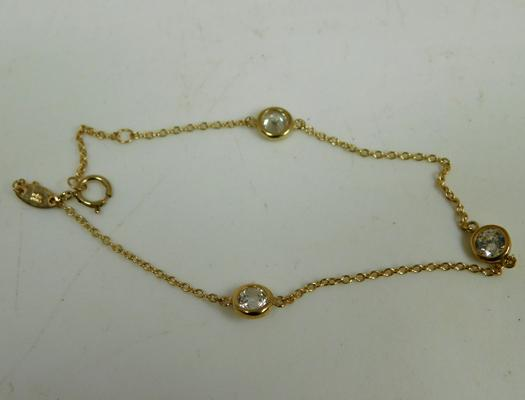 9ct Gold bracelet set with white stones