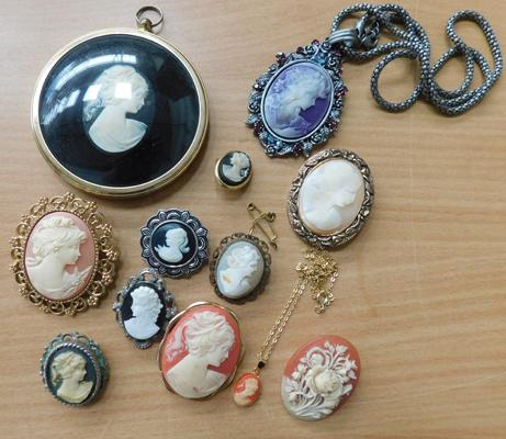Large selection of vintage cameos
