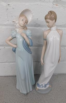 2 x Nao ladies, approx. 13 inches tall, no damage