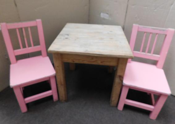 Small pine table & two chairs - ideal for children or dolls