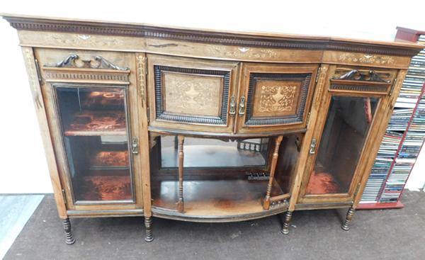 Ornate bow fronted sideboard with glass doors in walnut, approx. 60 x 31 x 38 inches