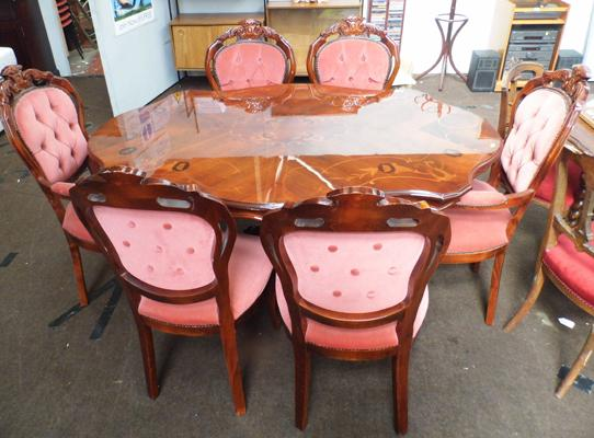 Inlaid table & 6 Regency style chairs