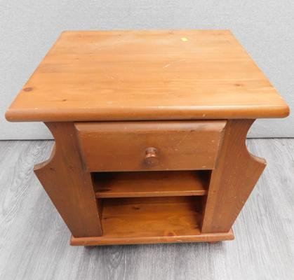 Pine side table/magazine rack - approx. 20 x 18 inches
