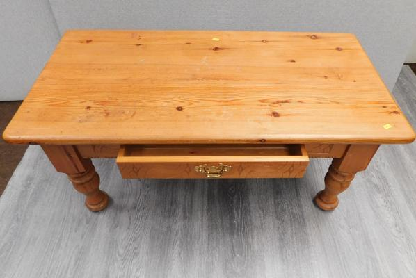 Pine coffee table with drawer, approx. 42 x 22 inches