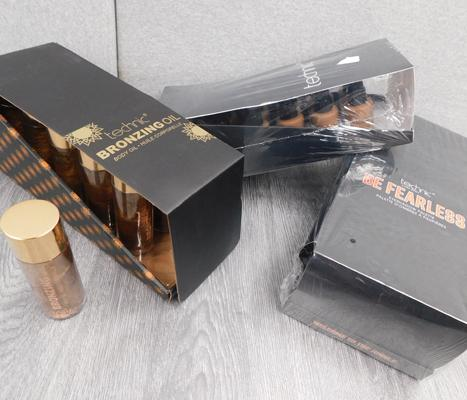 3 x new & sealed boxes of Technic make-up, incl. bronzing oil & eye shadow pallettes