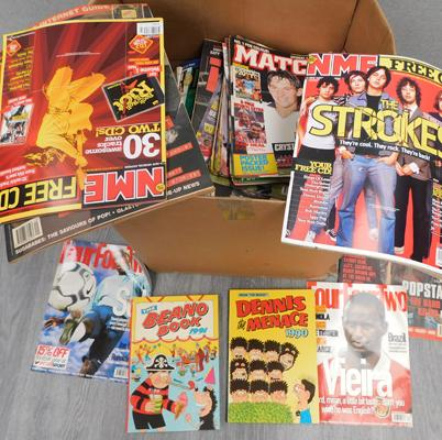 Large mixed box of magazines & annuals, NME, Four Four Two, Dennis the Menace