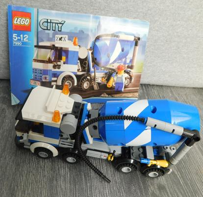 Lego City truck assembled with instructions - no box