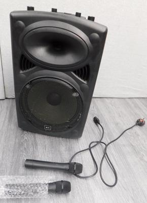 QTX QR12 portable PA speaker & 2 wireless mikes, mains + battery - W/O