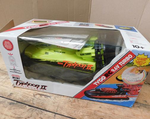 Remote control hovercraft Typhoon II