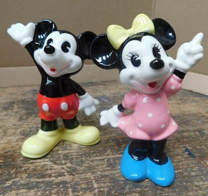 Two Mickey & Minnie ceramics - approx. 4 inches, no damage found