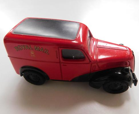 Corgi Toys 1950s Fordson 5 CWT van Royal Mail, original tyres + paint (made in England)
