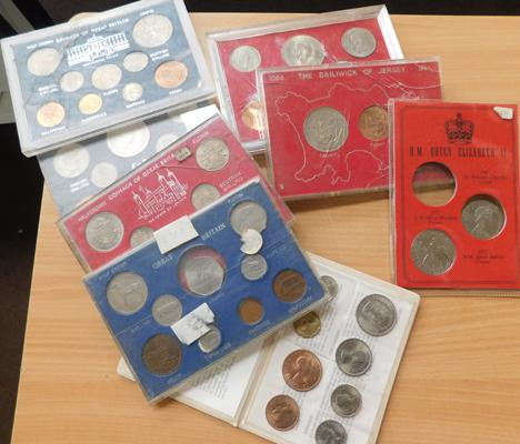 Selection of mixed coin sets