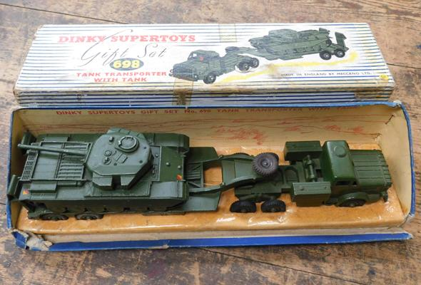 Dinky superior gift set No 698 Tan transporter with tank in original box