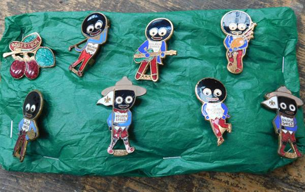 Collection of vintage Robertsons Golly badges-enamelled
