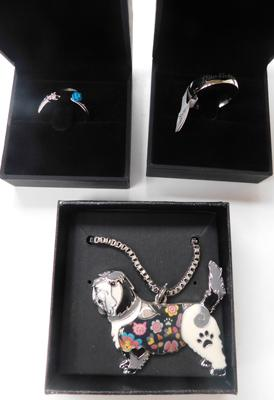2x new boxed rings (daughter) and dog pendant