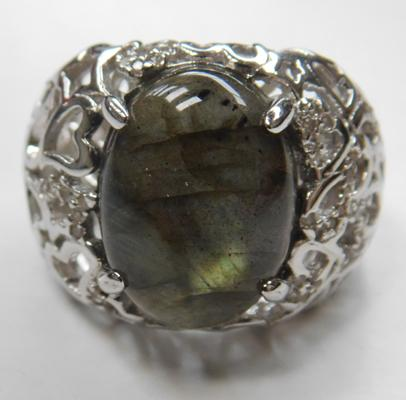 Ornate silver & Royal Derby labrodite ring size P 1/2, caberchon stone